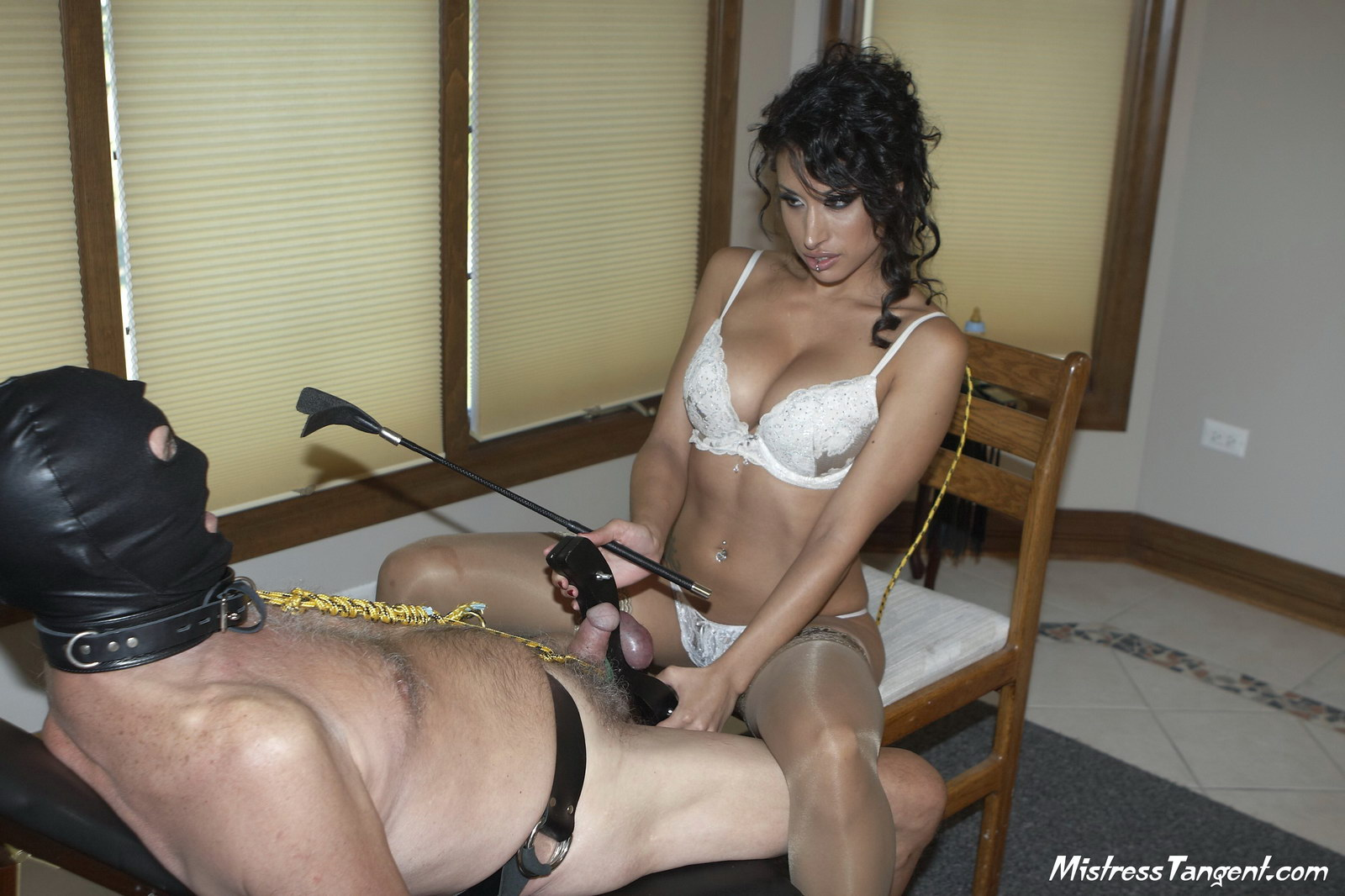 Mistress Tangent Facesitting Facesitting female domination gallery ...